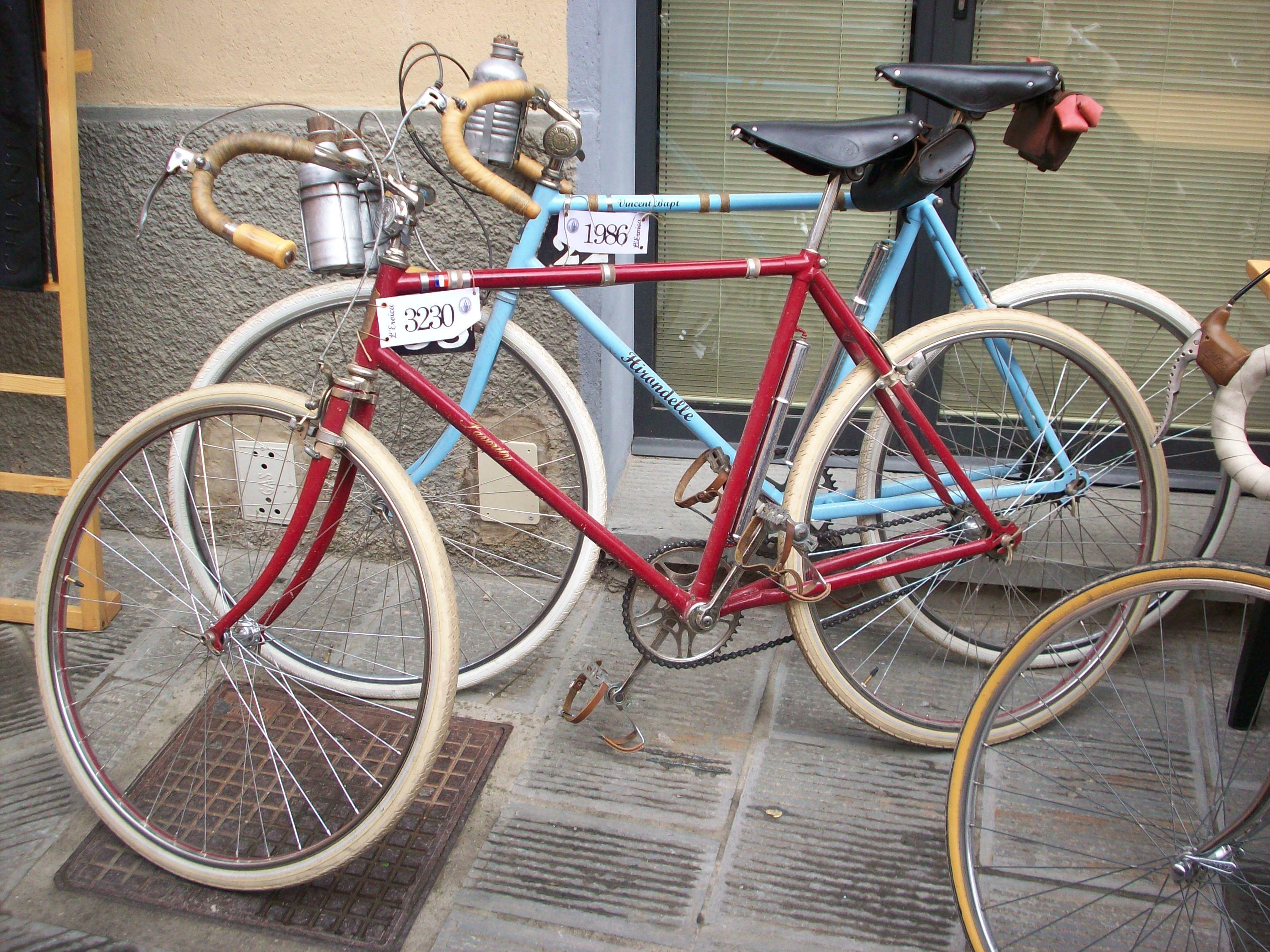 Wir restaurieren alte Fahrräder